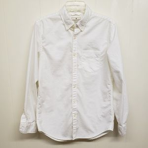 Like New! AE Men's White Button-up